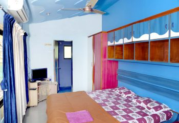 Kulpe Sadan Mini Bungalow room 2